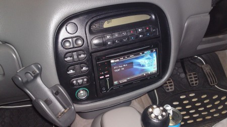 pioneer AVH3200bt in ford galaxy