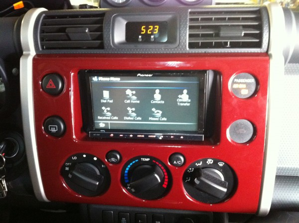 Pioneer AVIC-F30BT fitted in Toyota FJ Crusier