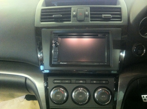 Mazda 6 and pioneer AVIC-F930Bt double Din Sat NAv media system