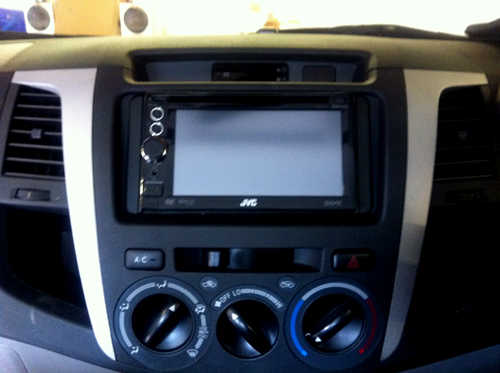 JVC KW-NT30 double din sat nav multimedia stereo system 