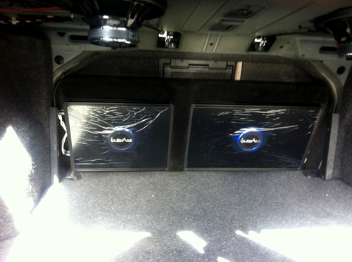 In Phase IPA-1601 and IPA1041 installed into a Mercedes C-Class 