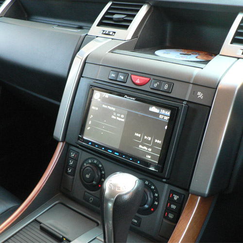 pioneer avic f10bt into a range rover sport at the car