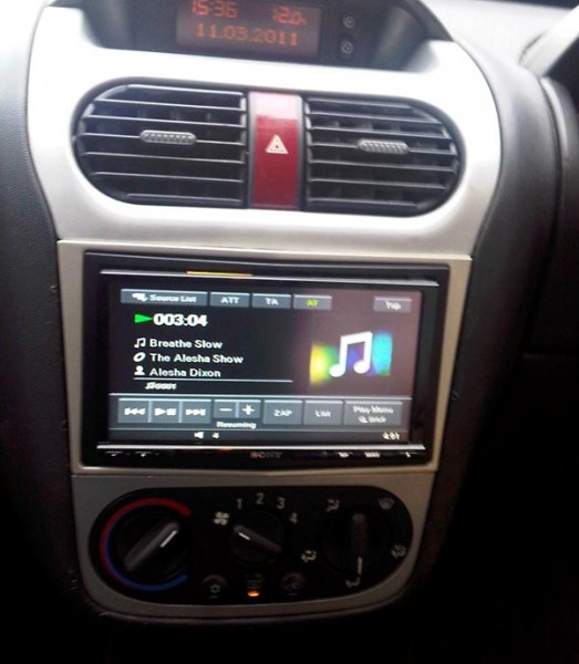 Pioneer double din car stereo with navigation and bluetooth 5
