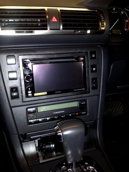 Skoda Superb gets equipped with Sony XNV-L66BT Sat Nav media system 
