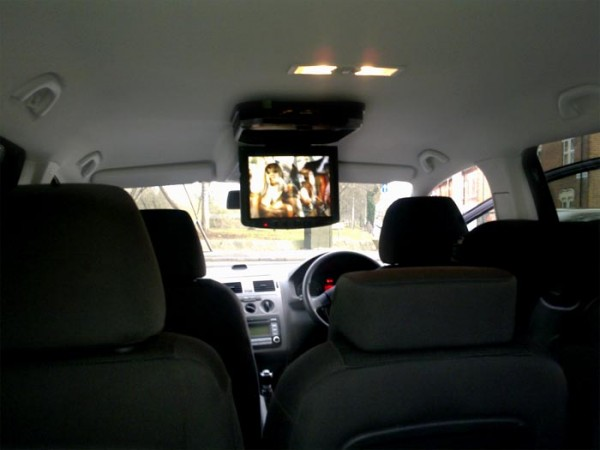 In Phase IVR10 roof mount monitor into a VW touran people carrier