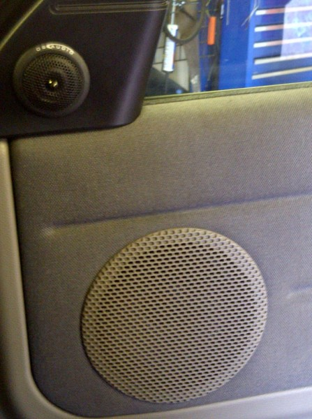DB Audio Trex6.2c Component speakers installed into a Land Rover Freelander