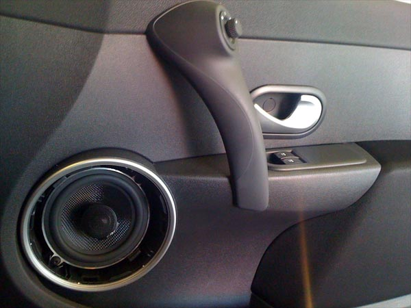 DB Audio T-Rex 5&quot; coaxials fitting into a Renault Clio 2007 at Car Audio Centre Leicester 