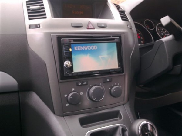 Vauxhall Zafira 2007 install of the Kenwood DNX-5240BT at the car audio centre leicester