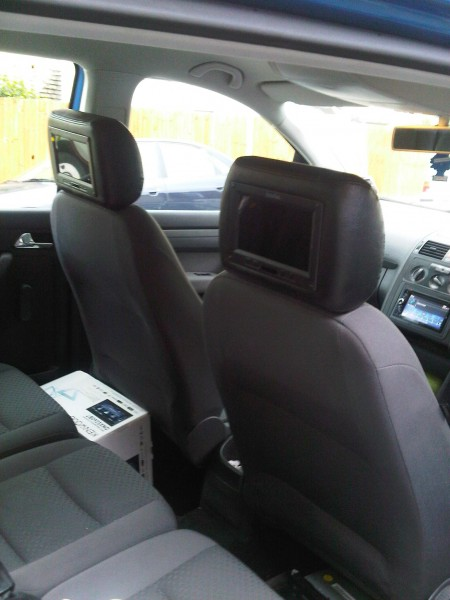 VW polo In Phase Headrest monitors  Sony XNV-L66bt